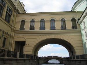 Эрмитажный мост