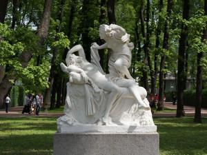 Летний сад. Скульптура Амур и Психея.