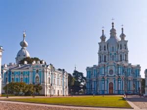 Смольный монастырь и собор