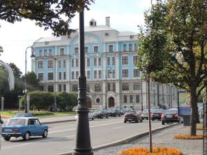 Здание Нахимовского военно-морского училища